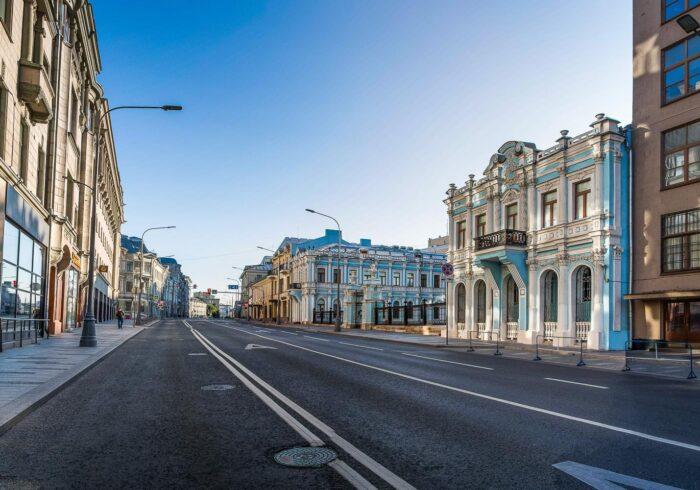 """Улица Лубянка на пешеходной экскурсии от Экскурсионного бюро """"Captour"""""""