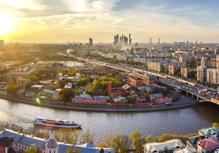 """Москва с вертолета на вертолетной прогулке от Экскурсионного бюро """"Captour"""""""