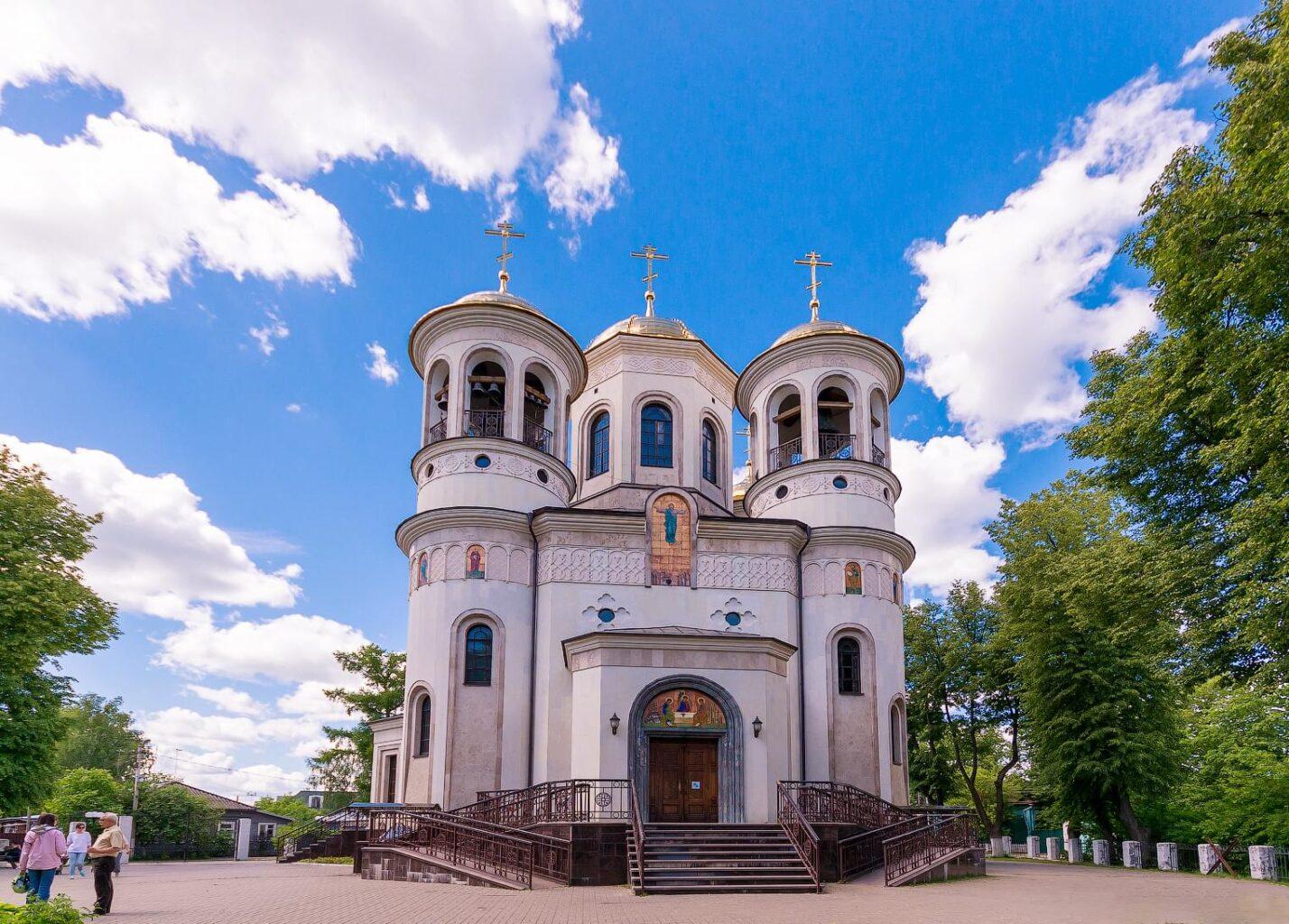 """Собор в Звенигороде на вертолетной прогулке от компании """"Captour"""""""