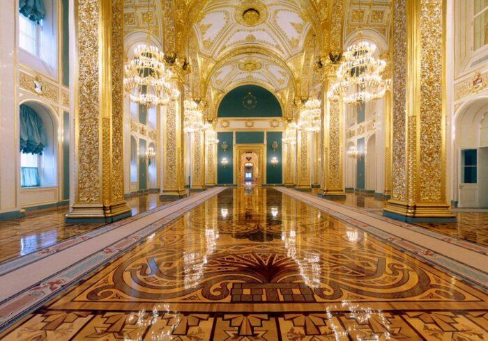 """Панорама Большого Кремлёвского дворца внутри на экскурсии от Экскурсионного бюро """"Captour"""""""