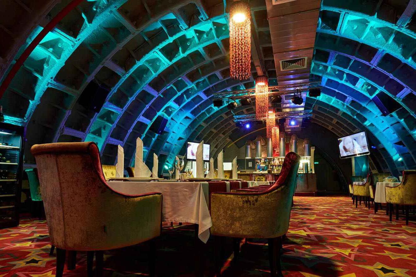 """Ресторан в Бункере-42 Сталина на экскурсии от Экскурсионного бюро """"Captour"""""""