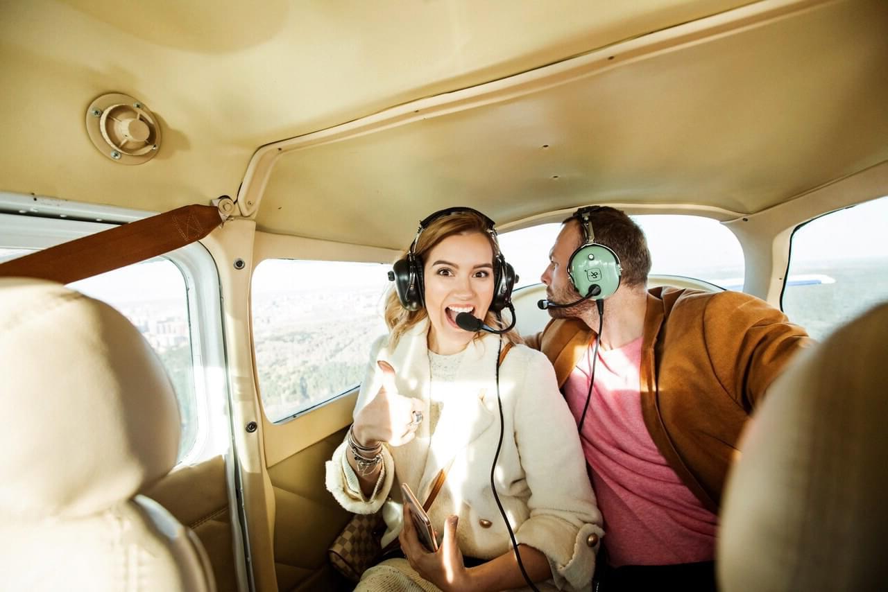 """Положительные эмоции у пассажиров в полете на самолете Cessna 172 от компании """"Captour"""""""