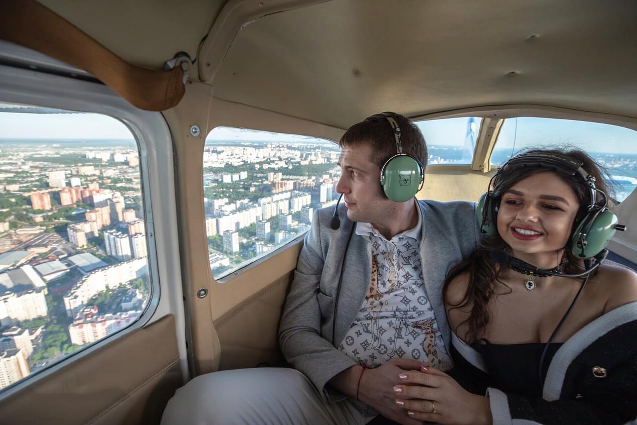 "Свидание в самолете Cessna 172 от компании ""Captour"""