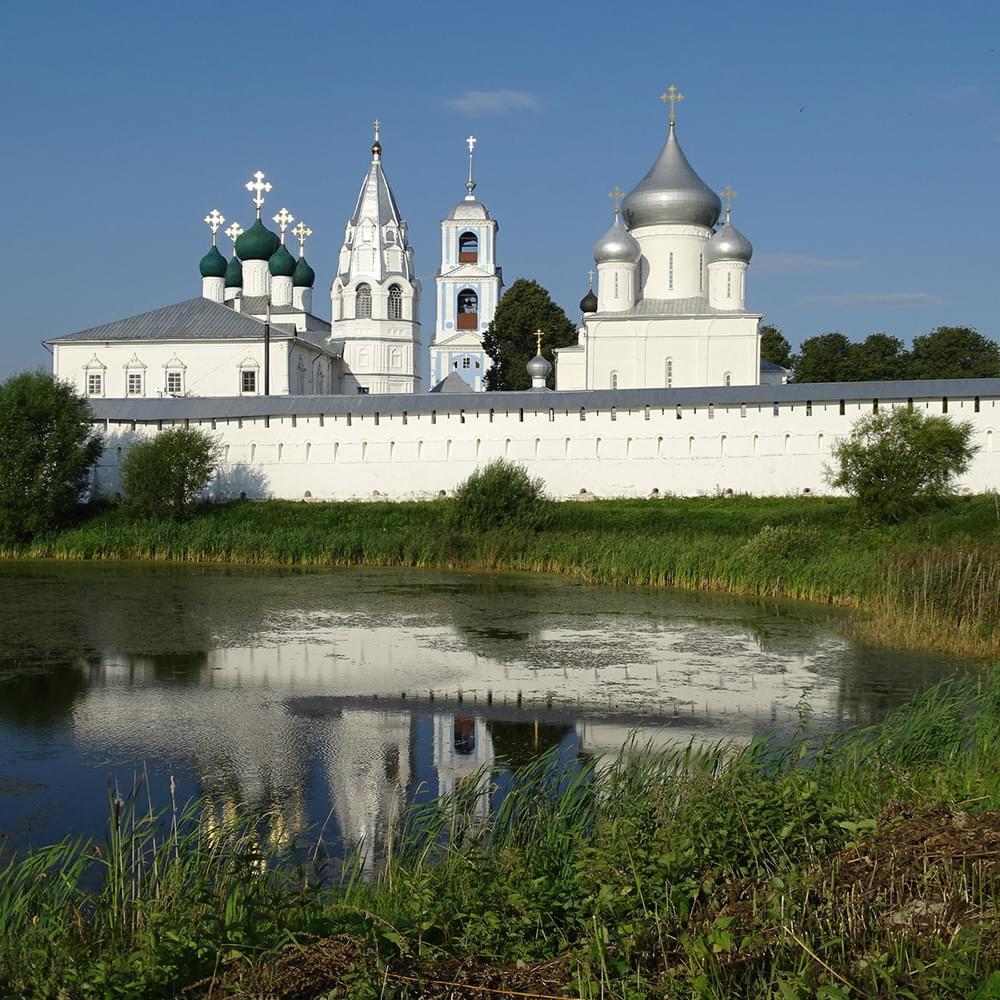 """Никитский монастырь на туре от Экскурсионного бюро """"Captour"""""""