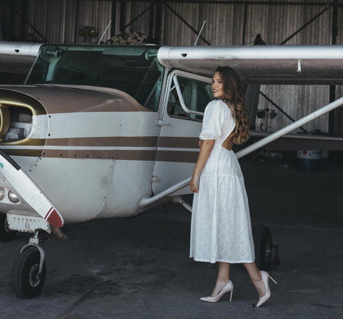 Фотосессия около самолета Cessna 172