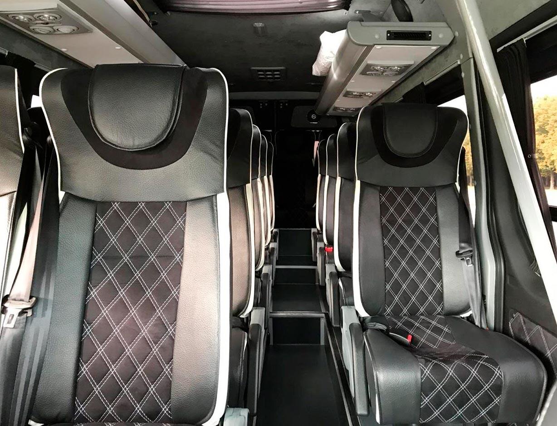 """Фотография салона Mercedes Sprinter для обзорной экскурсии по Москве от компании """"Captour"""""""