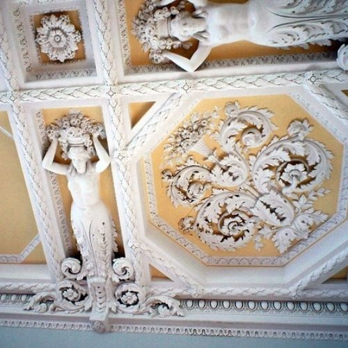 Лепнина в музее Пашкова