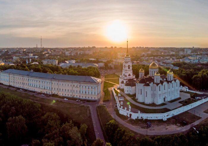 "Панорама Владимира из вертолета в полете от компании ""Captour"""