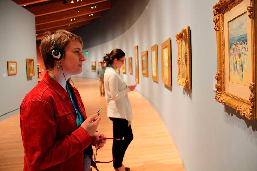 Аудиогиды по достопримечательностям и музеям Москвы