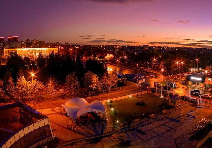 """Панорама Чехова из вертолёта в полете от компании """"Captour"""""""